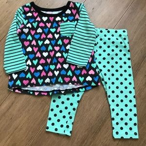 ✨5️⃣for $🔟✨Heart shirt and pant set